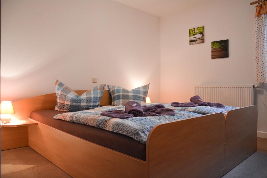 kleines Doppelzimmer im Waldgasthof Bad Einsiedel