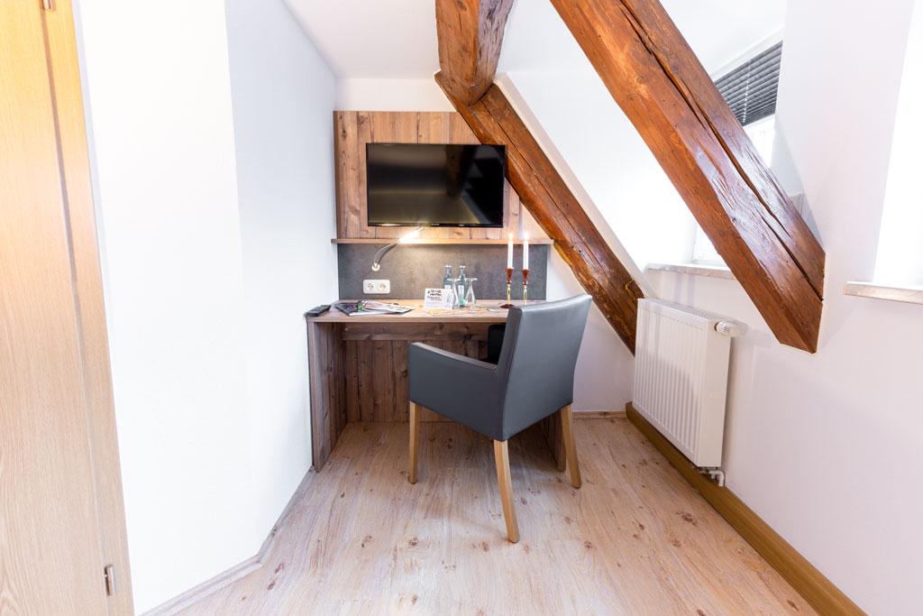 TV-Ecke im Doppelzimmer Premium Waldgasthof